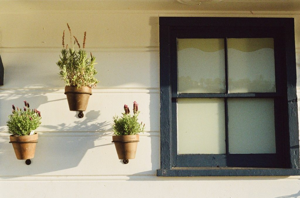 5 Ways to Be a Good HOA Neighbor – In honor of National Good Neighbor Day