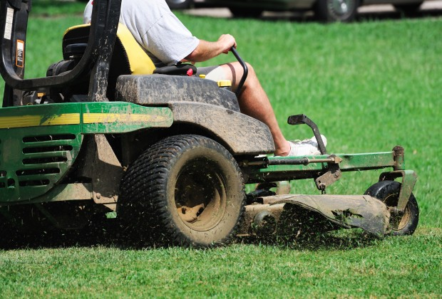 Managing Homeowner Expectations of the Landscaper